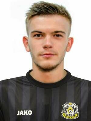 Футболист Щербак Артем