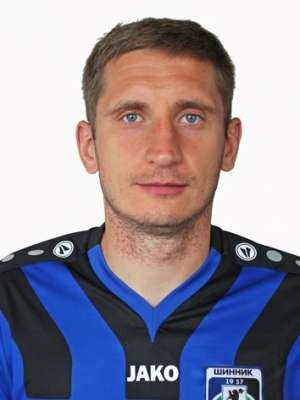 Футболист Самодин Сергей