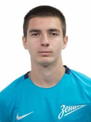 Футболист Кириллов Дмитрий