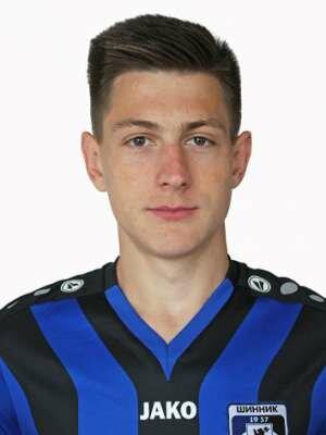 Футболист Мельников Иван