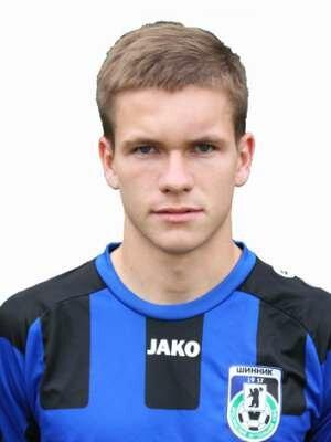 Футболист Дроздов Никита