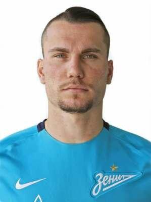 Футболист Заболотный Антон