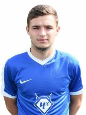 Футболист Заварухин Дмитрий