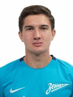 Футболист Иванов Сергей