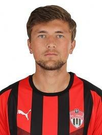 Футболист Белоус Илья