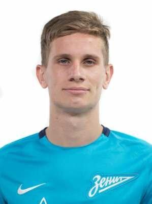 Футболист Камышев Илья